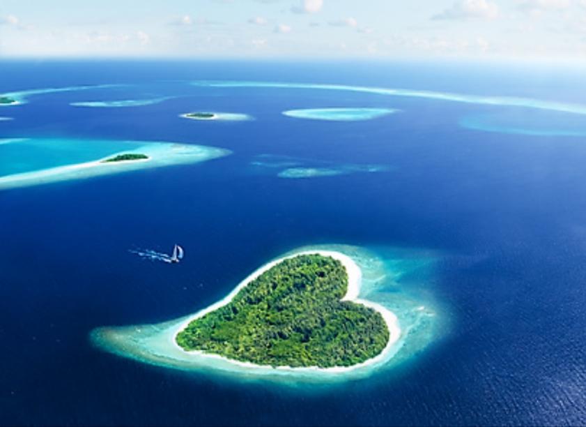 ヒルズヤマバレ サンゴ礁 ハート 島 東シナ海 オセアニア フォト 購入